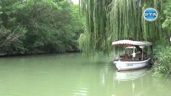 Разходки с лодки и за атракциите като част от туристическия бизнес
