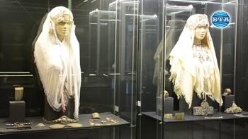 """Изложба """"Накитът през вековете - символ на власт или украшение"""" в РИМ - Бургас"""
