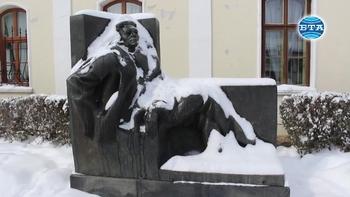 Днес се навършват 111 години от рождението на големия български писател Емилиян Станев