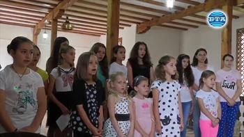 """Летен православен лагер за деца се провежда в Лопушанския манастир """"Св. Йоан Предтеча"""""""