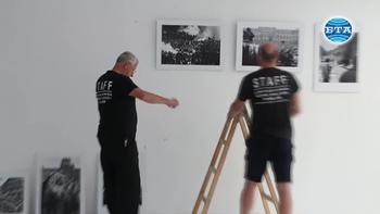 """Изложбата """"21 август 1968: Краят на Пражката пролет"""" гостува в Пловдив"""