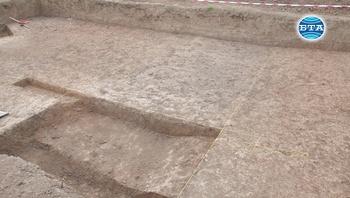 """При тазгодишното проучване в района източния некропол на """"Сборяново"""" са установени интересни вкопани структури"""