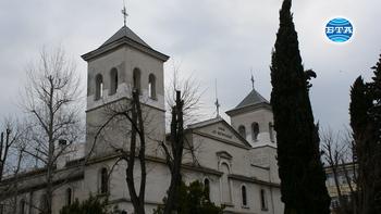 В Бургас започна пълна дезинфекция на храмовете
