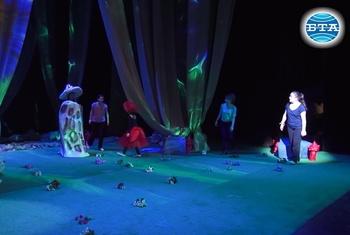 """Фигаро от """"Севилският бръснар"""" се среща с Гъбка Лея във фентъзи опера"""