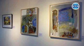 Художници, родени под знака на Водолея, подредиха изложба в Перник
