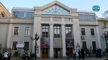 Ицко Финци отбеляза 85-годишнината си на сцената на бургаския театър
