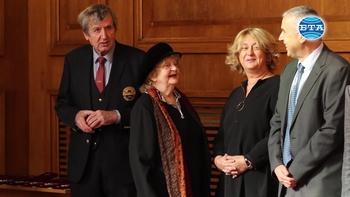 Министър Красимир Каракачанов награди учени и общественици в Деня на народните будители