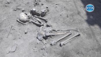 """Скелет на над седем хиляди години откриха археолозите при разкопки в столичния кв. """"Слатина"""""""