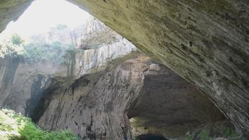Деветашката пещера се радва на все по-голям посетителски интерес
