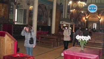 """Църквата """"Св. Успение Богородично"""" в Търговище с инициатива в подкрепа на възрастни и трудноподвижни хора"""