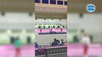 Антоанета Костадинова донесе първи медал на България