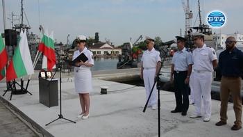 Военнослужещи от ВМС получиха сертификатите си за експлоатация на четирите нови бързоходни лодки, предоставени от САЩ