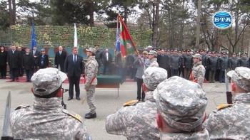 Президентът и министърът на отбраната участваха в празника за откриване на новото ВВВУ и връчване бойното му знаме
