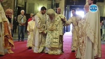 Патриарх Неофит оглави Светата литургия за Кръстовден