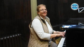"""Вида Пиронкова – автор на музиката за театрална премиера """"Ирония на съдбата"""""""