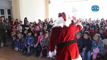 Столична община с Коледна програма в Босилеград