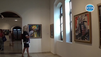 """Изложба с  живописни  творби на тема """"Балет"""" на художника Димитър Киров е открита във Варна"""