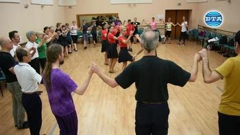 Чужденци от 13 страни  изучават български народни песни и танци на Международен фолклорен семинар в Пловдив