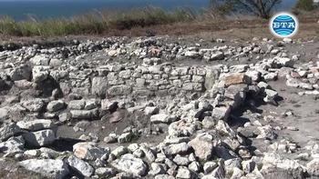 Монети, керамични съдове и печати са сред най-интересните находки от тазгодишния археологически сезон на нос Чиракман