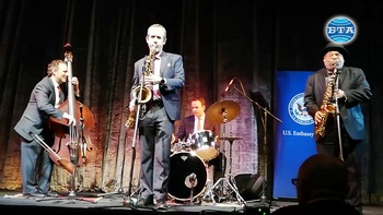 Джаз квартетът на Ари Роланд гостува в Сливен